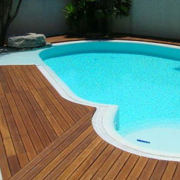 Decking � exotic hardwood Cumaru