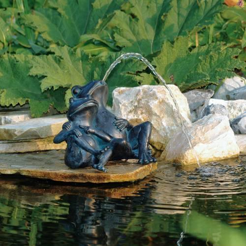 Spitting Pond Cranes: Ubbink : Buy Pond Spitter Frog