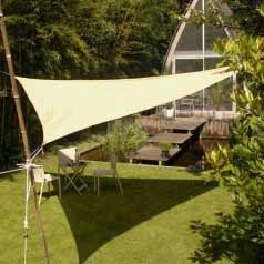 Triangular waterproof sun canopy - ivory