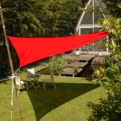 Triangular waterproof sun canopy - red